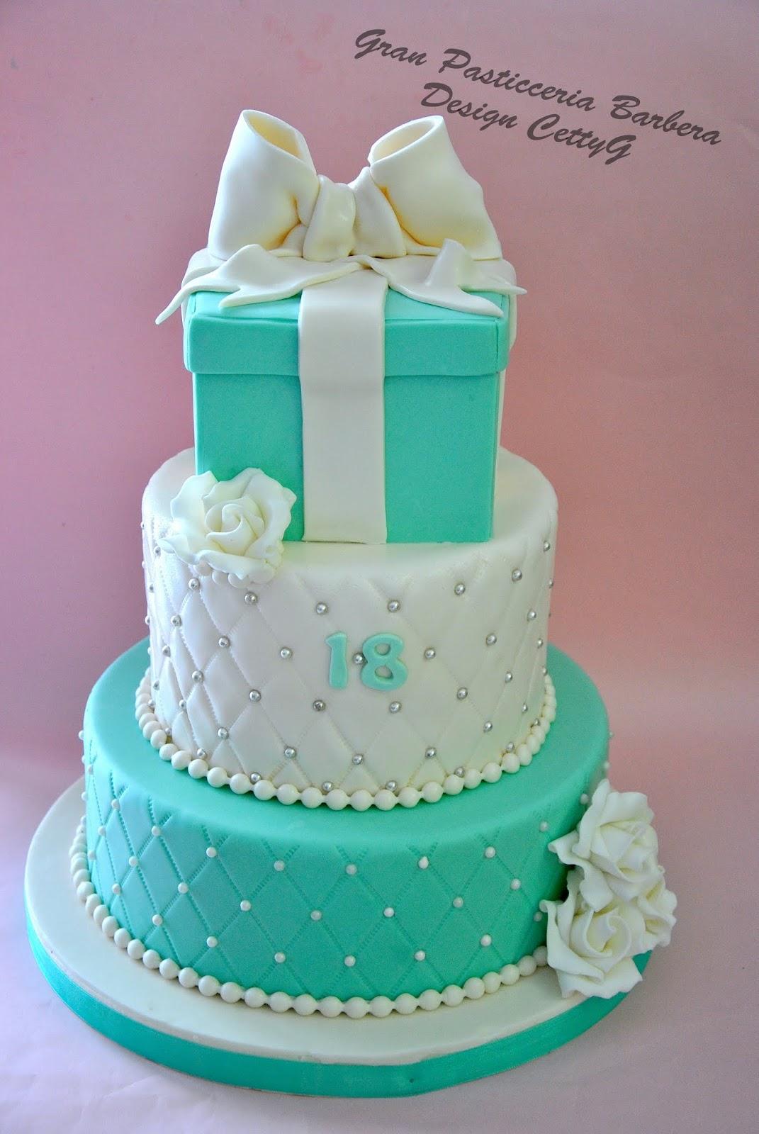 Le torte decorate di cetty g 18 compleanno in stile tiffany for Torte per 18 anni maschile