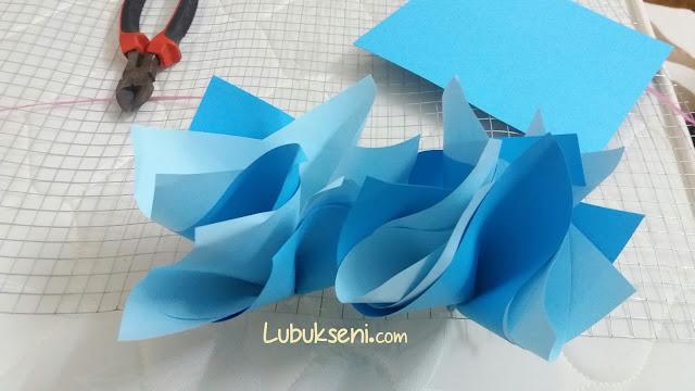 bilik-pelamin-tisu-atau-kertas