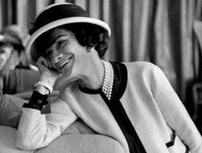 About the life of Coco Chanel which is the world's most famous fashion maker .
