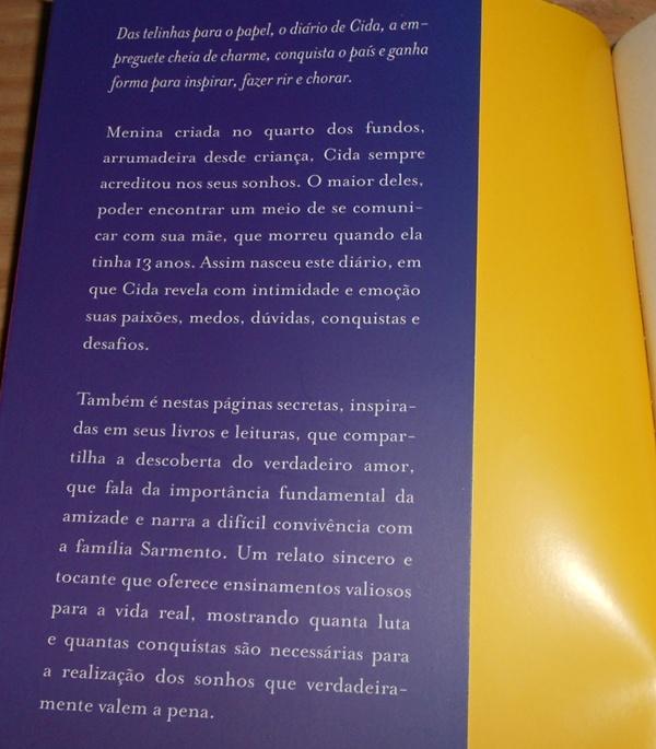 Sinopse  livro Cida  A Empreguete Um Diário Intimo - Cheias de Charme