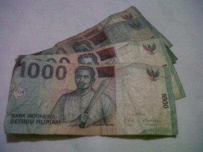 Ternyata Pada Selembar Uang Ada Banyak Sekali Kuman, cara agar terhindar dari kuman yang ada pada selembar uang
