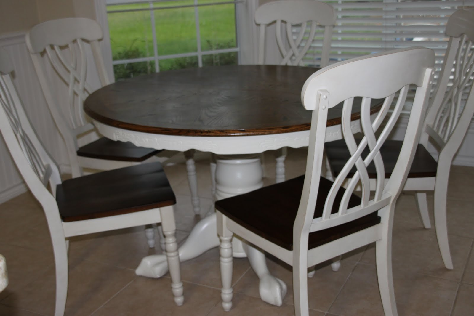 That Village House Kitchen Table Redo Amp Linky Party