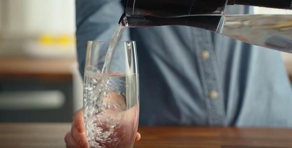 濾水器何時需要更換?Brita智慧水壺搭配Amazon網路購物,幫你自動訂購!