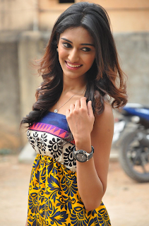 Most Popular Celebrities Erica Fernandes HD Wallpapers10.png