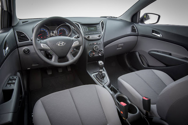 Hyundai Hb20 Turbo - interior
