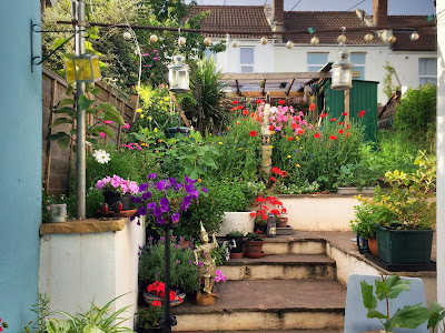 Big ideas about small gardens