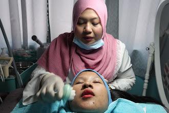 Rawatan Hydra Oxy Glow C gabungan 2 rawatan 'hydrafacial' dan 'oxygen-facial'