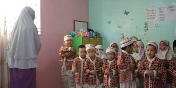 Cara Mengajar Anak PAUD