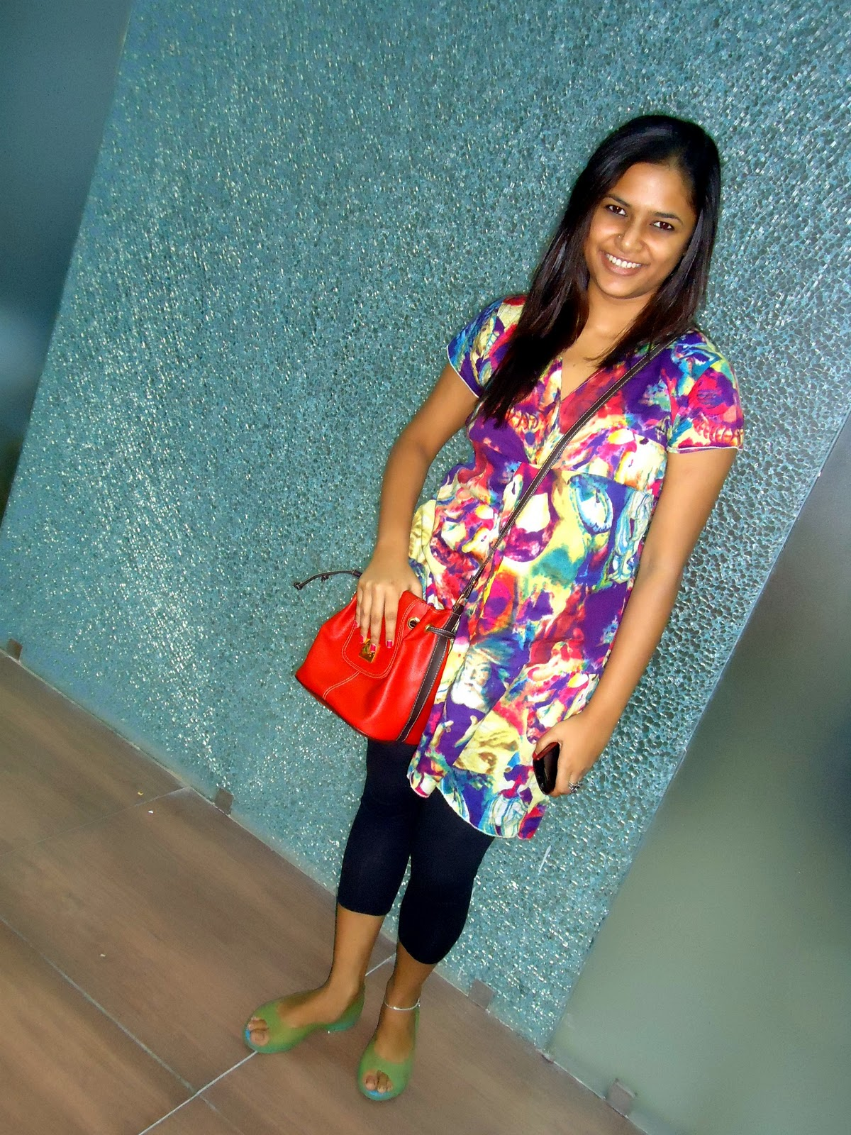 5a52e424c7f8d Bag- Bangkok Tunic- Fashion and You Leggings- 109 F Shoes- Crocs Anklet-  Local Shop