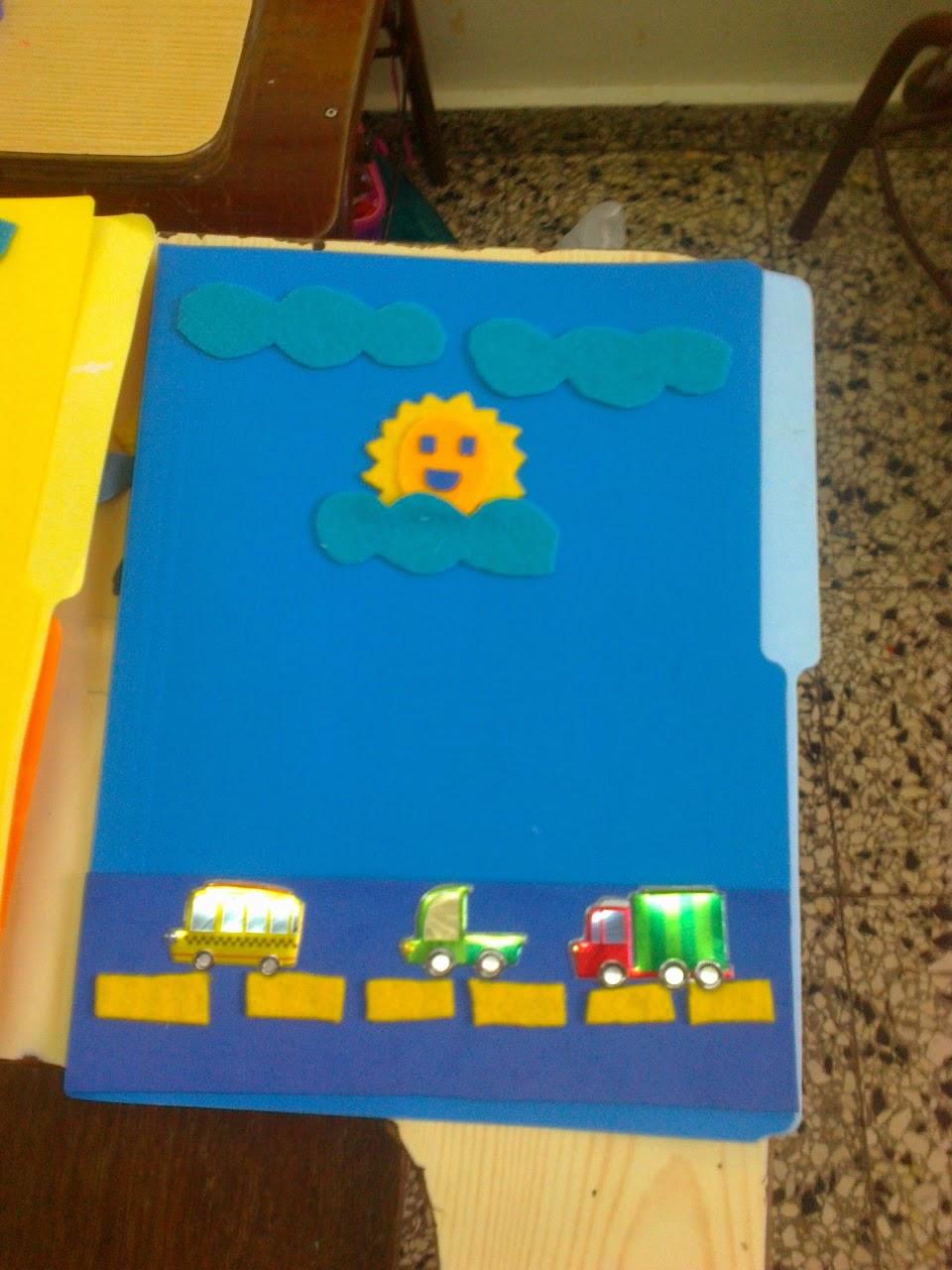 Entretenimientos Infantiles: Decoración de folder con los
