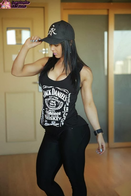 Eva Andressa foto promocialnal Jack Daniel's
