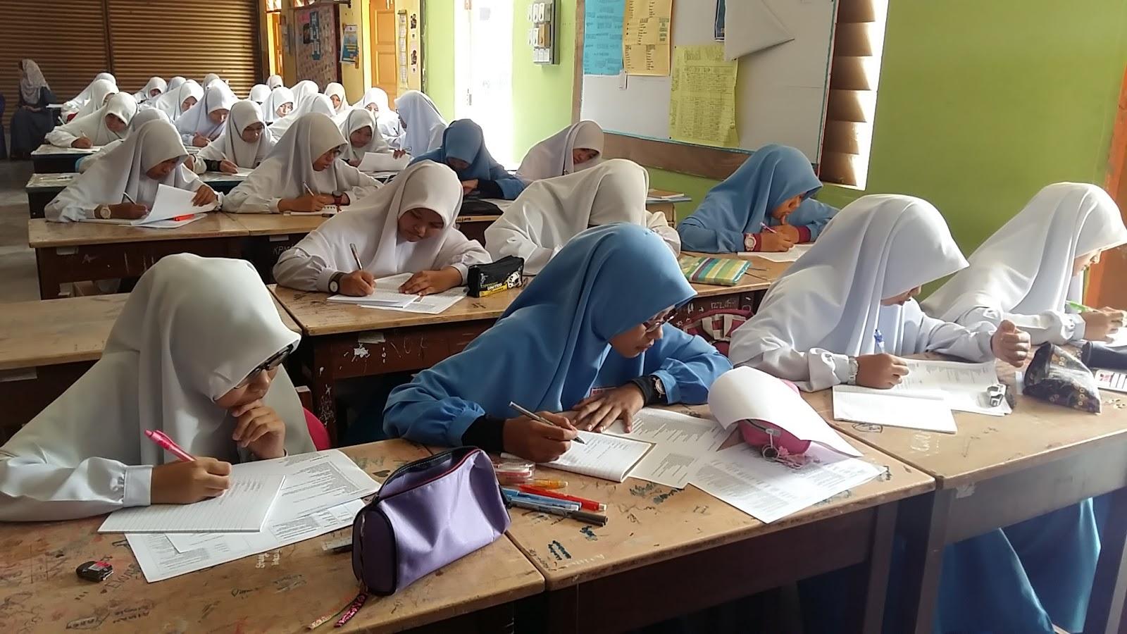 Ceramah Sains Pt3 Di Sma Fauzi