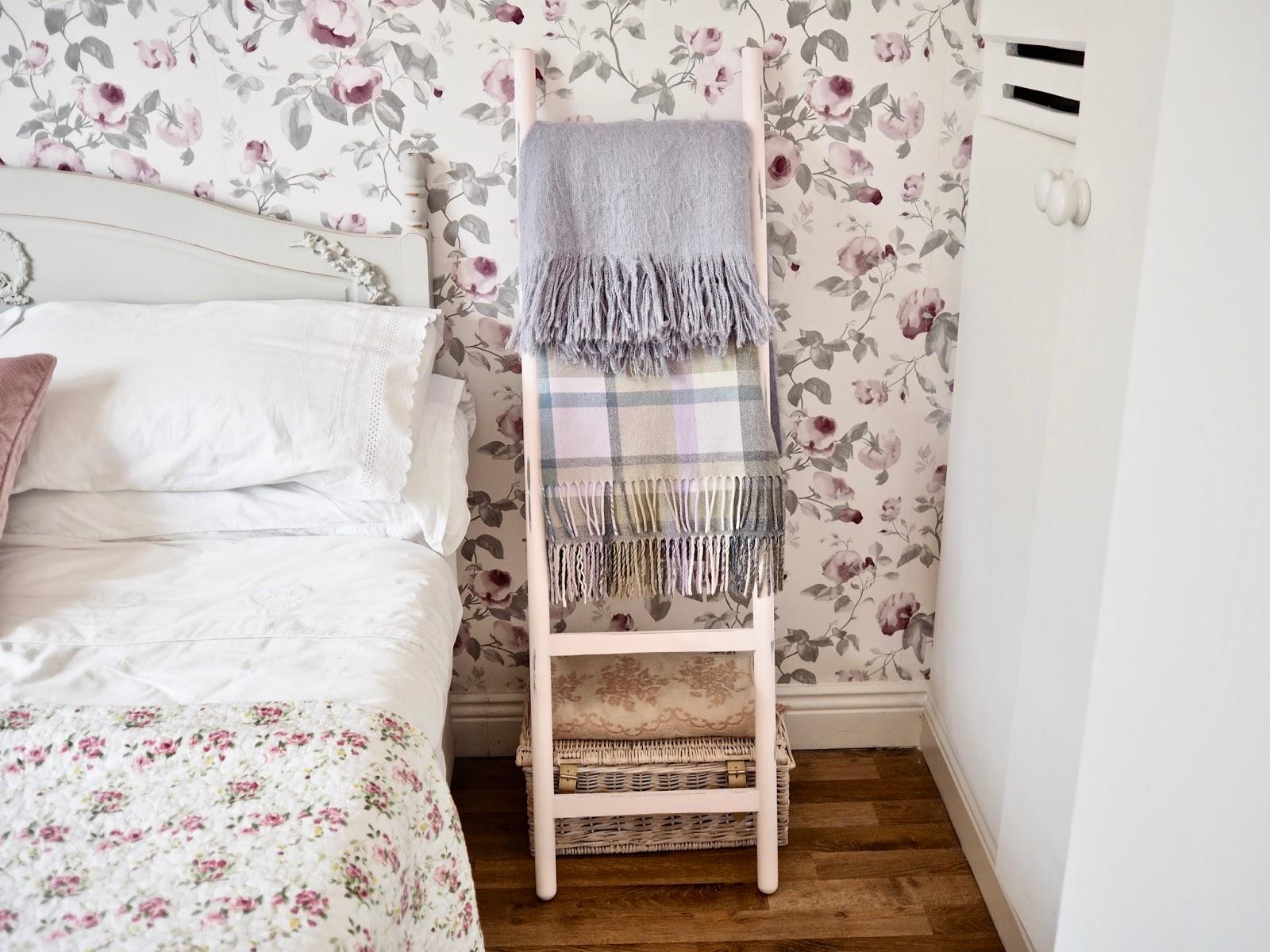 Ikea Hack Diy Blanket Ladder Dainty Dress Diaries