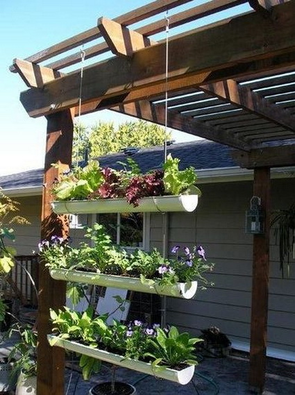 Outdoor decoration with hanging flower pots 5
