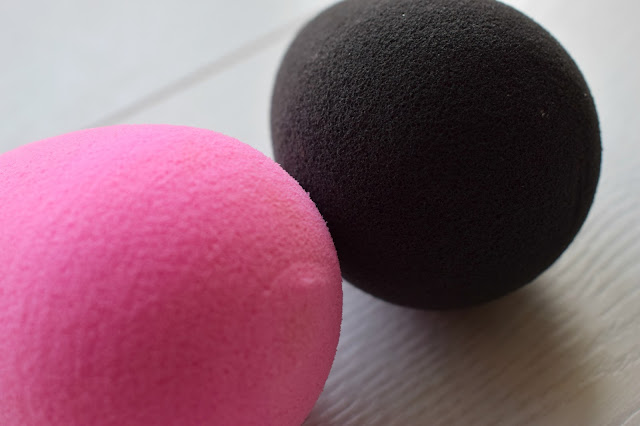 Black vs pink beauty blender