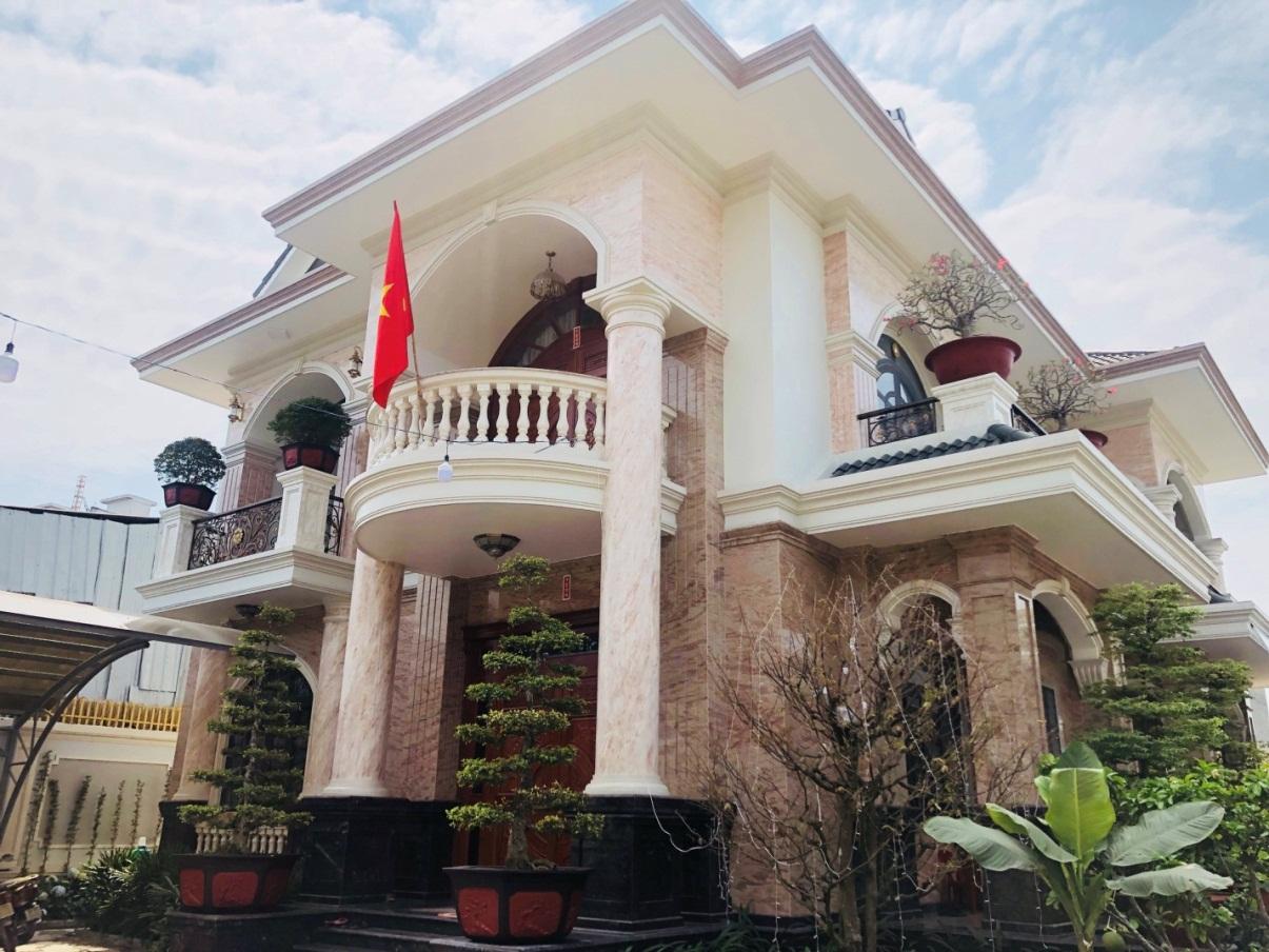 BT21: Biệt thự  ở Long Bình Tân - Biên Hòa
