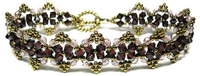 free Secret Santa Bracelet at Deb Roberti's AroundTheBeadingTable.com