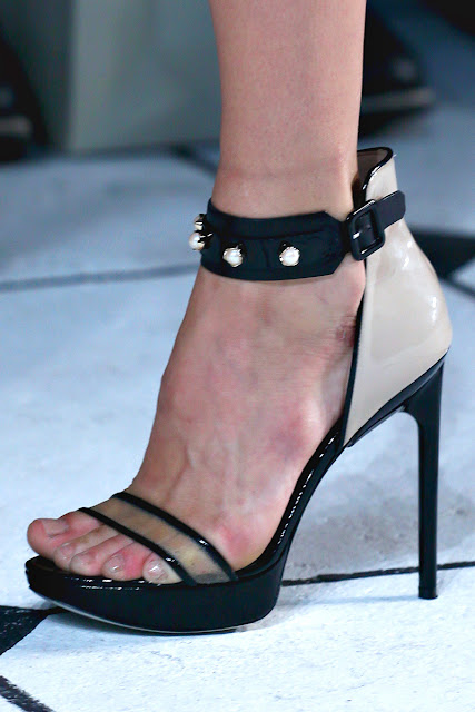 Lisa Mende Design: Jason Wu Fashion Show Recap Mercedes