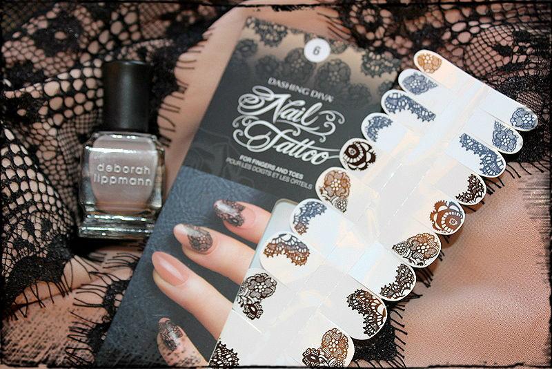 Отзыв: «Кружевной» маникюр с наклейками на ногти с тату-рисунком. DASHING DIVA, DD TATTOO ALL MESHED UP и лаком для ногтей Deborah Lippmann #Putty in your hands.