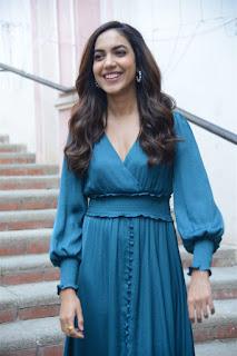 Ritu Varma Stills At kanulu kanulanu Dochayante success Meet
