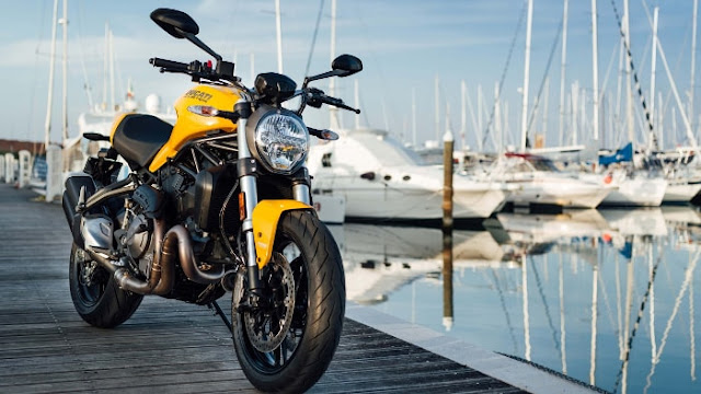 Ducati Monster 821 2018 Face - Fond d'Écran en HD