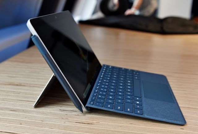 Surface Medium Go is now available in the Microsoft Store