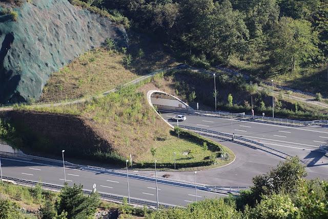 Circula a 201 kilómetros por hora en un tramo de la autopista AP-8 limitado a 100 en Barakaldo