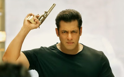 Salman-kHan-13-Times-Enters-in-100-Crores-Club-Andhra-Talkies.jpg