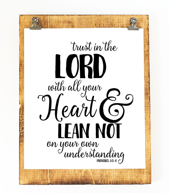 Six Beautiful Scripture Printables | i should be mopping the floor