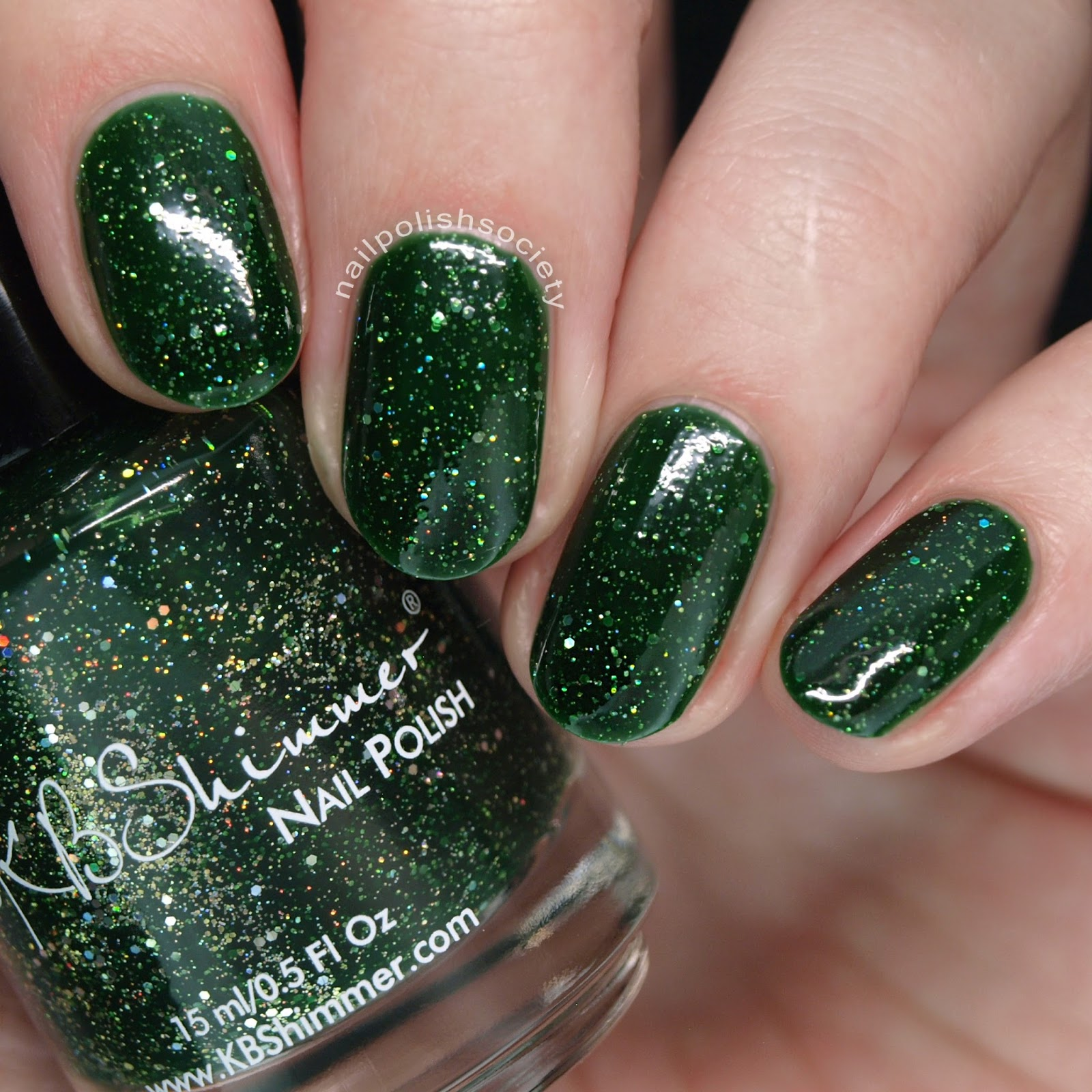 Green Glitter Nail Polish Uk: Nail Polish Society: 15 Gorgeous Green Nail Polishes For