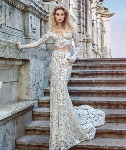 http://www.lush-fab-glam.com/2016/01/here-comes-the-bride-stunning-wedding-dresses.html