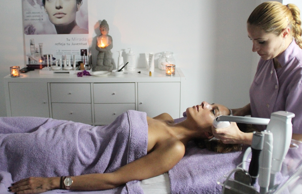 rocio, osorno, blogger, sevilla, estetica, tratamiento, laser, belleza, acné,
