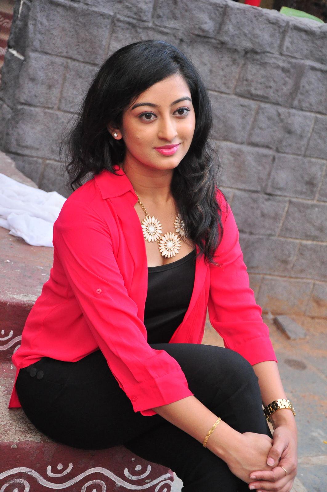 Tejaswini Actress photo,image,pics and stills - # 169767