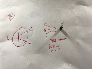 Identifying the leads of a transistor