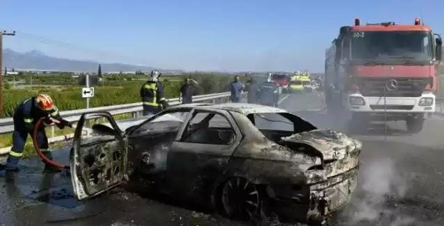 Τραγωδία στην Εθνική Οδό Αθηνών - Πατρών με έναν νεκρό: Φορτηγό «καρφώθηκε» σε σταματημένο Ι.Χ