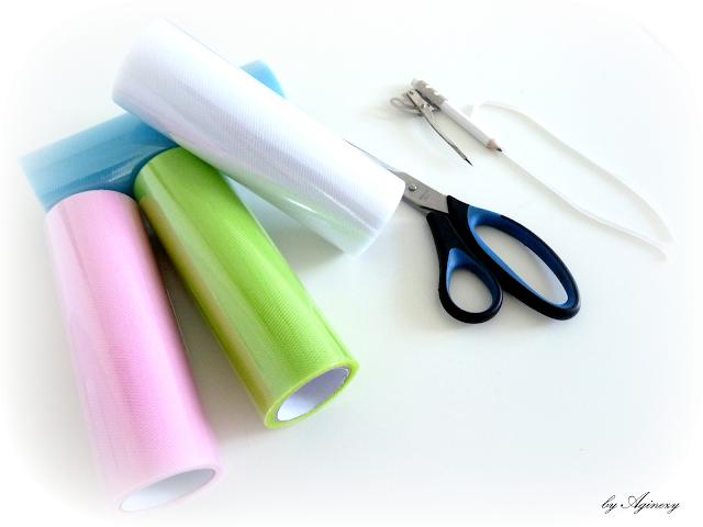 DIY: Tiulowe pompony, czyli jak zrobić pompony z tiulu?