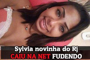 Sylvia Novinha carioca caiu na net fudendo muito no porno amador