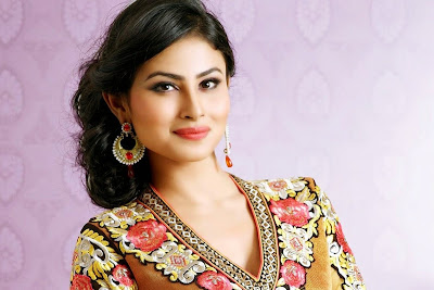 Gold Movie Actress Images, Gold Movie Heroine Images & Looks, Gold Movie Actress Mouni Roy Images & Looks