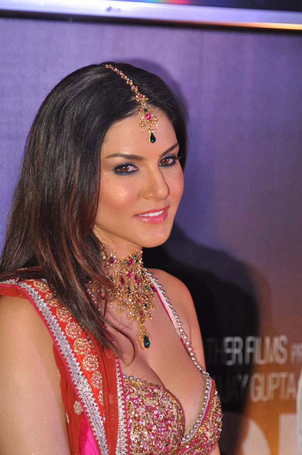 Celeb Images Sunny Leone Naked Pictures