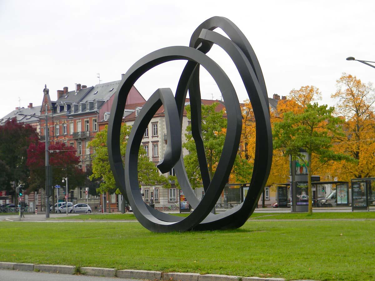 Avenue de la Paix, Strasbourg en automne