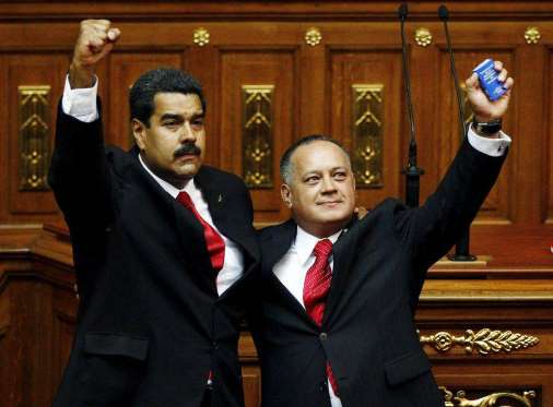 High Chavez positions resign to join Maduro Constituent Assembly