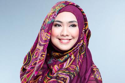 Tips Merawat Jilbab Sesuai Jenis Bahannya