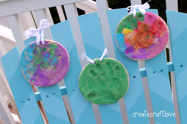 Salt Dough Hand Prints for Father's Day via createcraftlove.com #fathersday #giftideas #kidscrafts