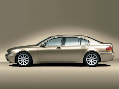 BMW 7 Series Standard Resolution Wallpaper 2