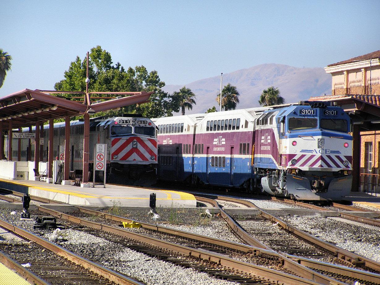 Jersey Mike's Rail Adventures: 08-08-01 PHOTOS: San Jose VTA