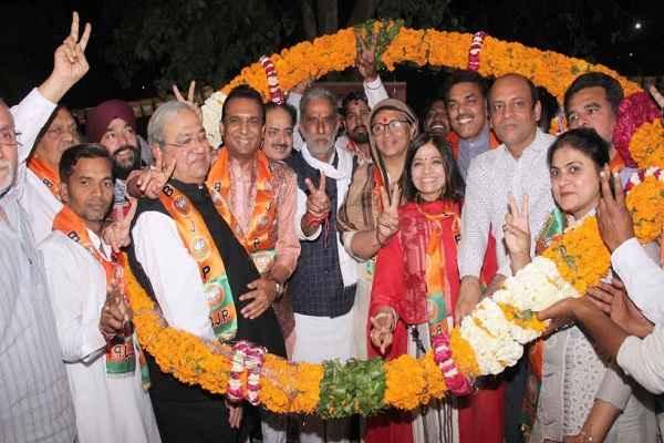 krishan-pal-gurjar-blessed-manmohan-garg-for-faridabad-vidhansabha