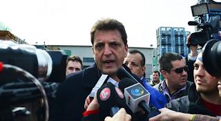 El diputado nacional del Frente Renovador, Sergio Massa, cargó con dureza contra los anuncios de nuevos tarifazos por parte de la administración de Mauricio Macri y puso el foco en cómo afectan al poder adquisitivo de los trabajadores.