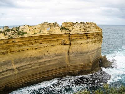 大洋路 Great Ocean Road, 剃刀背, The Razorback
