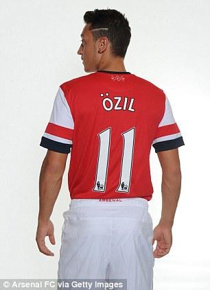 d1dc10013b615 Camisas de Özil Vende 5 Vezes Mais Que de Bale no Real Madrid ...