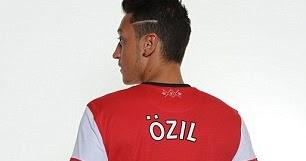 4c86f0315f802 Camisas de Özil Vende 5 Vezes Mais Que de Bale no Real Madrid - Rivalidade  Britânica
